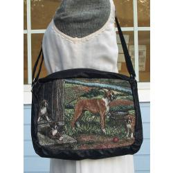 Boxer shoulder bag